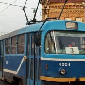 В Одессе пассажиры трамвая устроили драку и парализовали движение