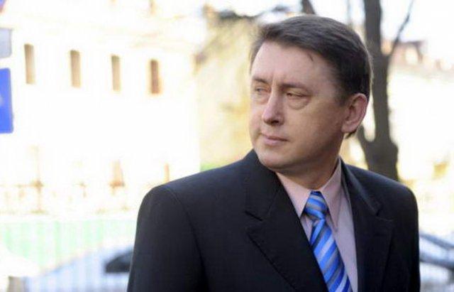 Кассетный скандал: суд арестовал имущество Мельниченко и одобрил его задержание