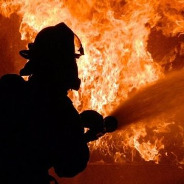 В Харьковской области на предприятии произошел пожар: погиб человек