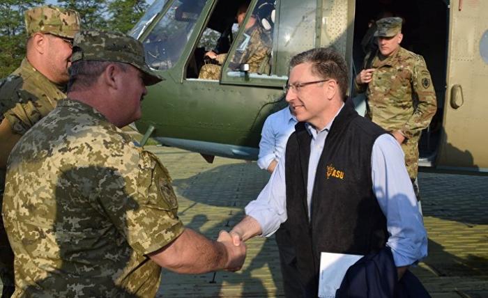 Волкер пообещал Украине прямые поставки оружия из США