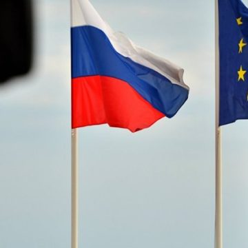 На саммите ЕС Италия будет пытаться снять санкции с России