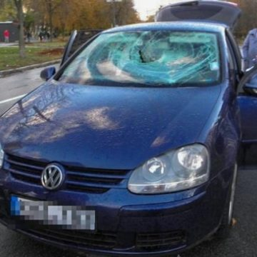 В Киеве из автомобиля неизвестные похитили 800 тысяч гривен