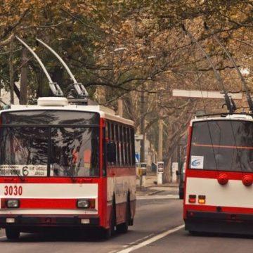 В Николаеве пассажиры троллейбуса устроили массовую драку