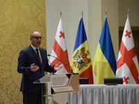 Парубий рассказал, когда подпишет постановление относительно санкций против телеканалов NewsOne и «112 Украина»