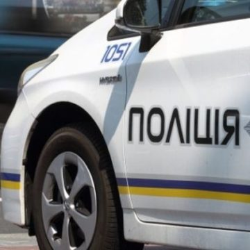В Николаеве полицейского избили при составлении протокола и сломали челюсть