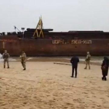 Генерал-пограничник «потерял» судно с рекордной контрабандой русских сигарет