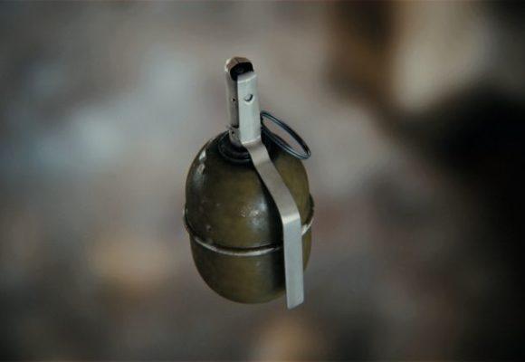 В Киеве неизвестные бросили гранату во двор частного предпринимателя