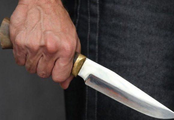 В Сумской области мужчина зарезал семейную пару у себя дома