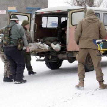 Российские террористы расстреляли машину с военными: убит капеллан, многие ранены