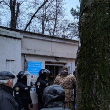 В Одессе спецназ КОРДа захватил санаторий Лермонтовский