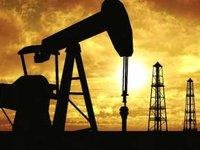Цены на нефть растут после данных о запасах в США, Brent на уровне $62,43 за баррель