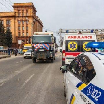 В центре Днепра грузовик коммунального предприятия переехал женщину