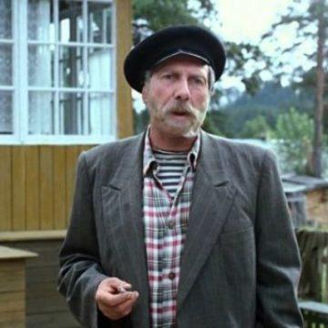 Умер известный советский актер, сыгравший в фильме «Любовь и голуби»