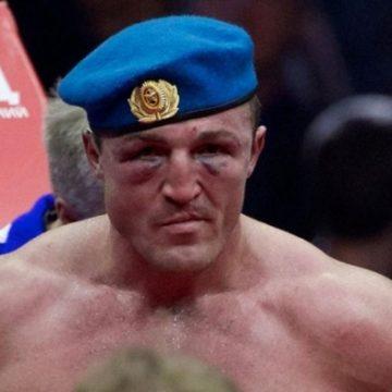 Украинский пограничник выйдет на ринг, чтобы избить российского десантника