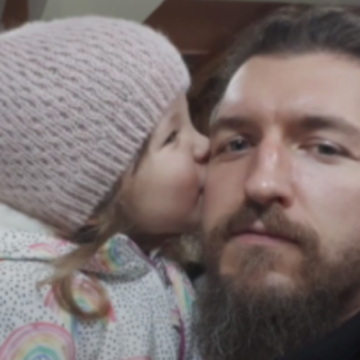 На переходе сбили ветерана АТО с 4-летней дочкой