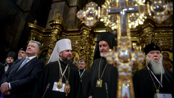Патриарх Филарет взялся за старое: В украинском православии назревает новый раскол