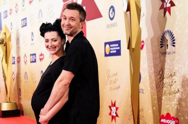 «Сыночек, привет»: Сергей и Снежана Бабкины стали родителями в третий раз