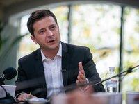 Зеленский призвал начать привлечение средств в Фонд восстановления Донбасса