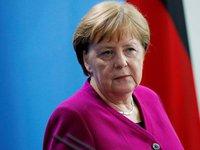 Меркель не исключает увязки «Северного потока 2» с ответом на ситуацию с Навальным
