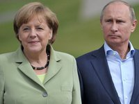 Меркель пока не обсуждала с Путиным ситуацию с Навальным — кабмин ФРГ