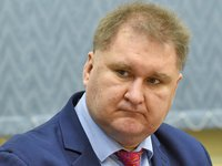МКМТ прекратила пересмотр антидемпинговых мер на аммиачную селитру из РФ — торгпред
