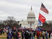 В мире начали осуждать протесты в США, а американские власти задействовали Нацгвардию для восстановления порядка
