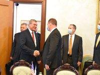 Уруский обсудил с представителями американского Института оборонного анализа реформу оборонной промышленности и помощь США